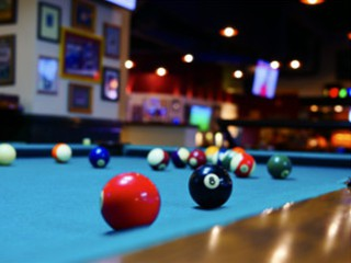 Expert pool table setup in Edison content img2